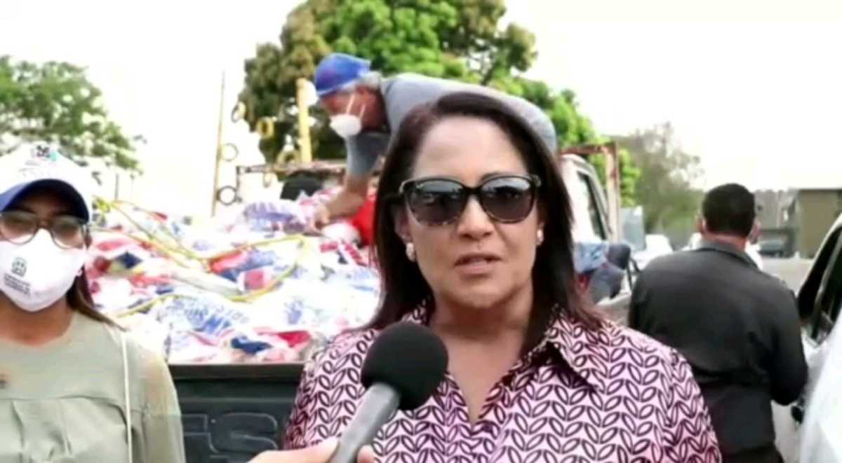 Gobernadora Ana María Domínguez y el Plan Social llevan operativos a 216 comunidades deSantiago