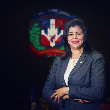 Diputada Altagracia González espera senado apruebe proyecto de ley devuelve 30% atrabajadores