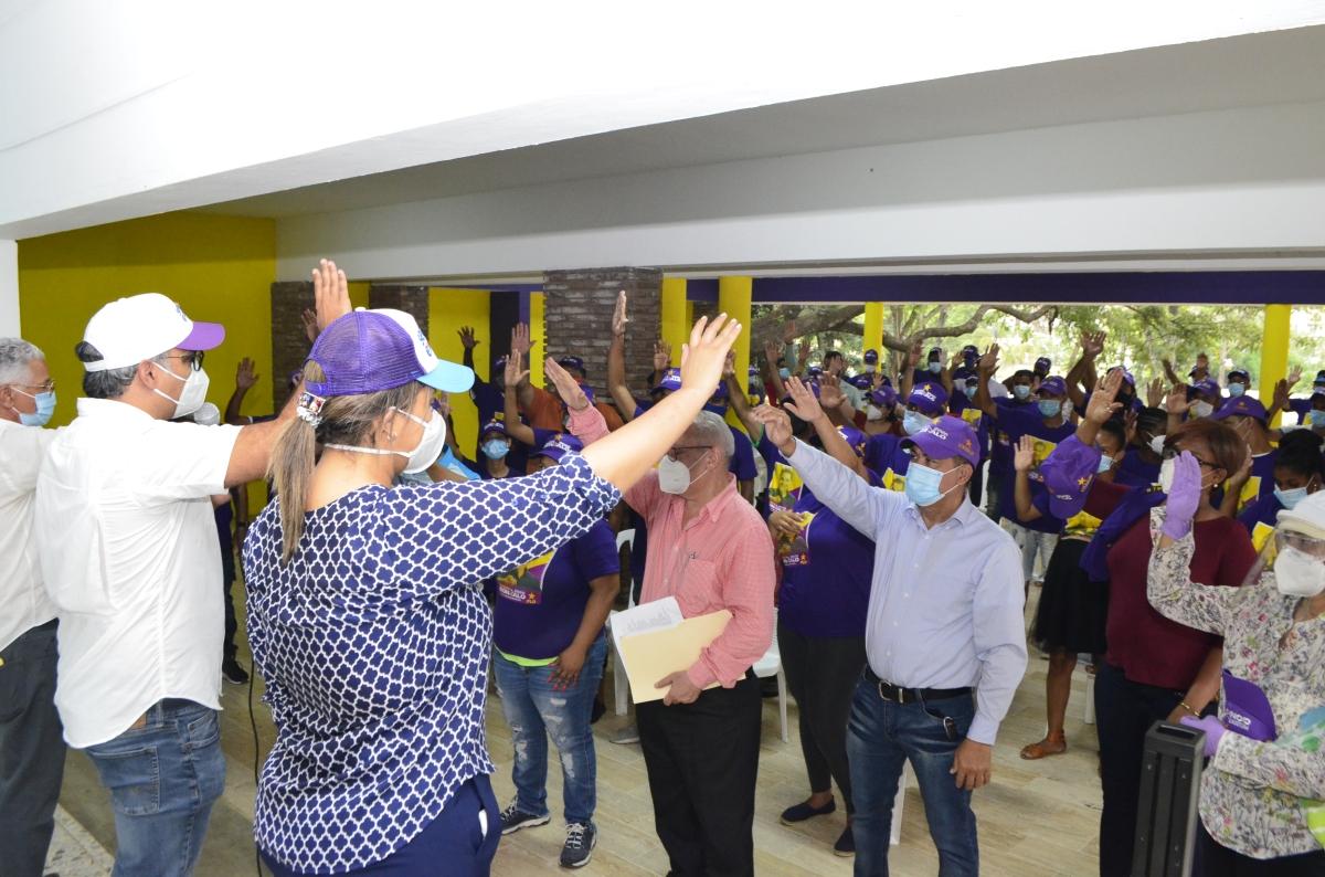 Sector Externo juramenta Movimiento Fajao con Gonzalo que incluye jóvenes sordosmudos