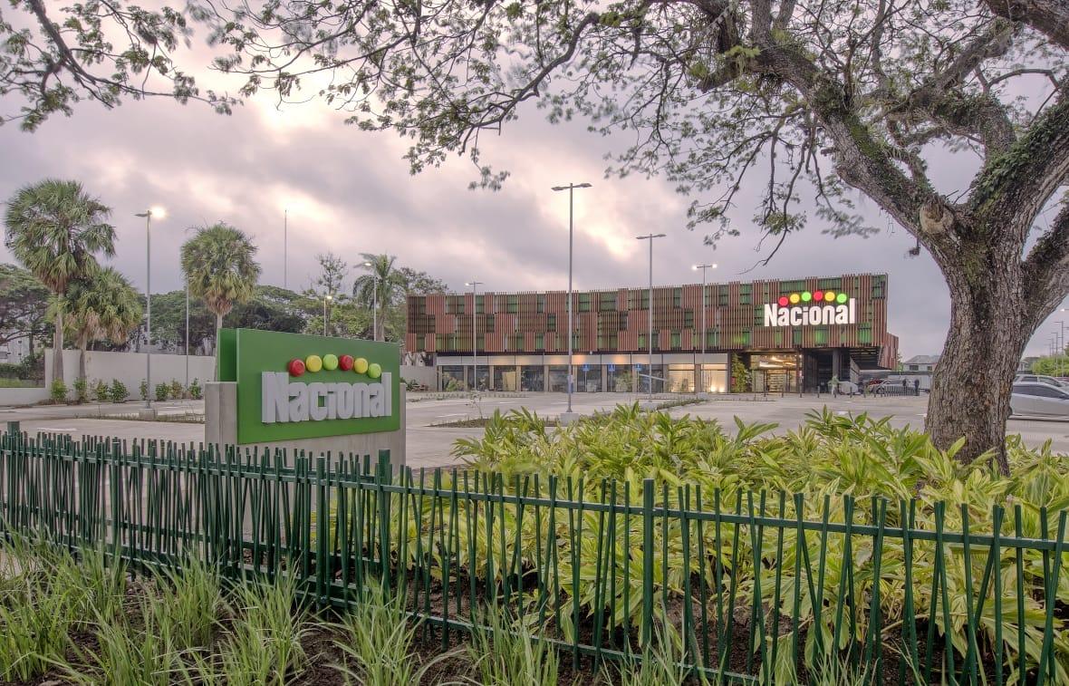 Supermercados Nacional abre su tercera sucursal enSantiago