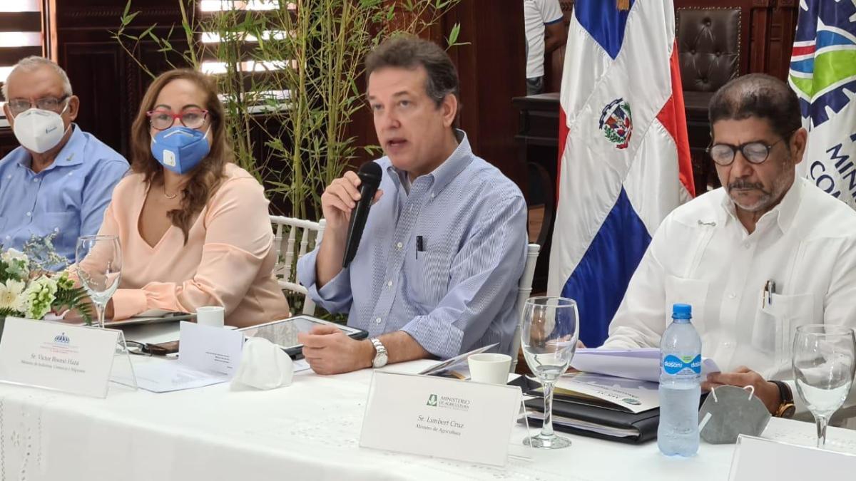 Comisión para relanzar sector tabacalero analizan en primera reuniónproblemáticas