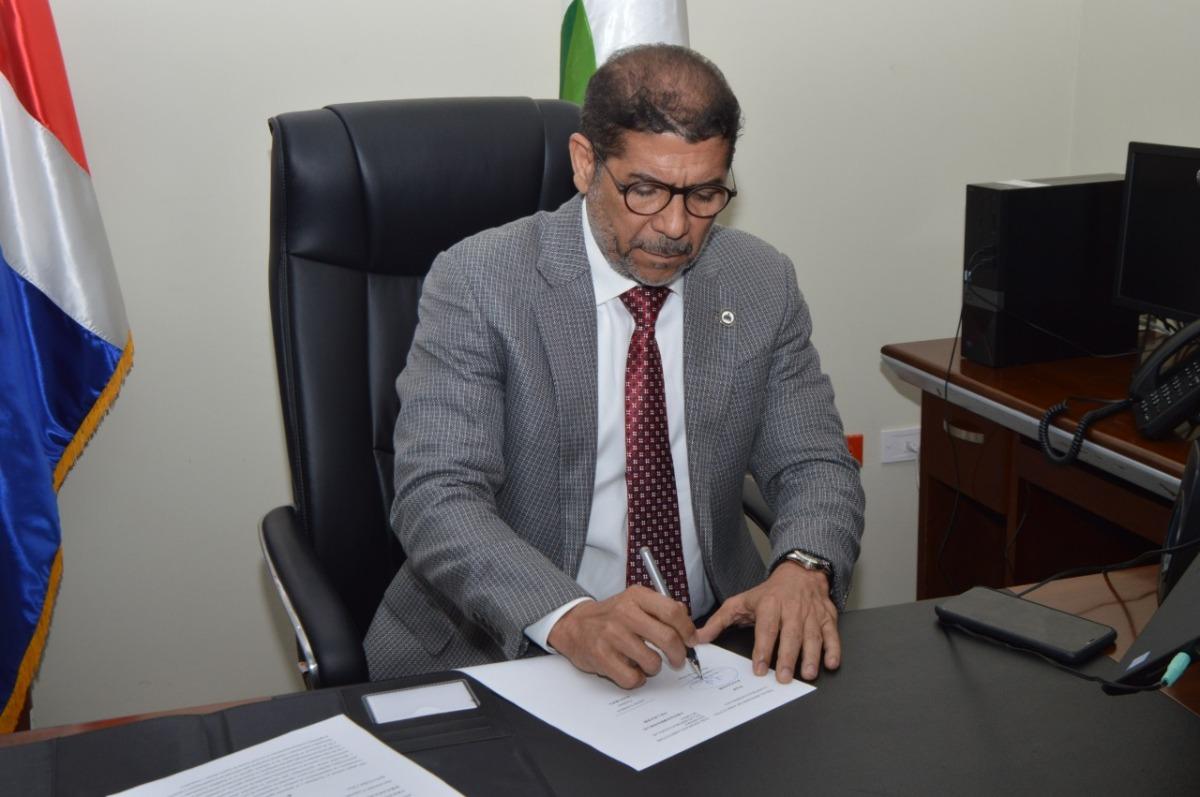 Ministro de Agricultura dominicano y autoridades de China firman convenio decooperación