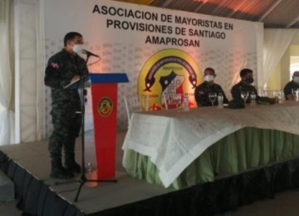 Policías en Santiago reciben orientación para mejorar protocolo deactuación