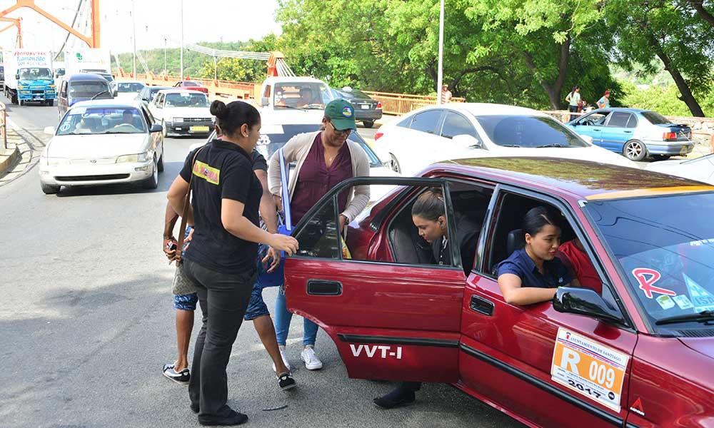 P.N.: Son descuidos las sustracciones a pasajeros en carros del transporte público enSantiago.