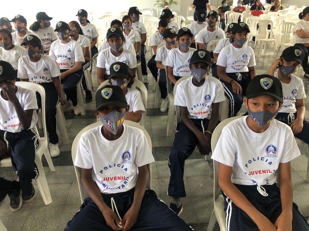 Lanzan programa Policía Juvenil Comunitaria enSantiago.