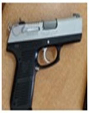 Policía detiene presunto delincuente y le ocupa pistola sin documentos a un hermano con quien se encontraba en ElEjido.